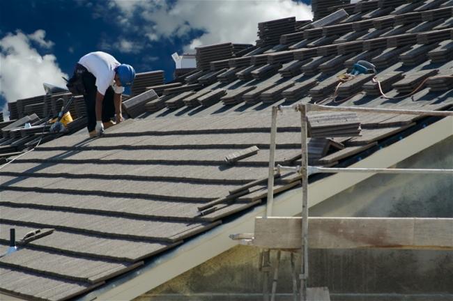 commercial roof installer